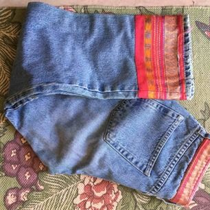 Ljusa jeans från NAFNAF storlek 38