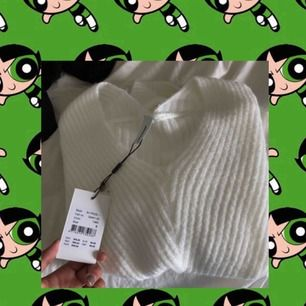 Oanvänd tröja från soyaconcept. Nypris 599kr säljer för 350kr då den är helt ny.