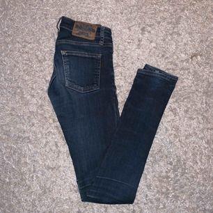 Crocker jeans stl 23/32 fint skick!