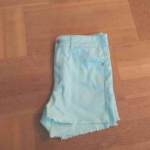 Superfina somriga shorts! Mycket stretch, formar sig bra! Storlek S💕