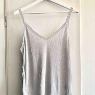Ribbat linne från H&M