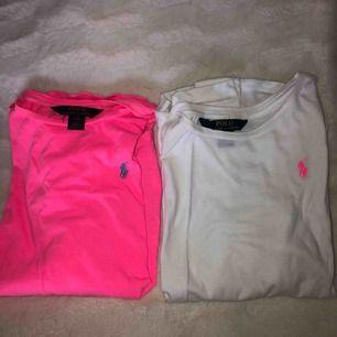 Två tunna långärmade tröjor från ralph lauren. Båda säljs för 150 kr/st