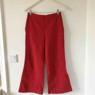 FENDI vintage byxor, röda utsvängda, stl S.  Givetvis äkta.
