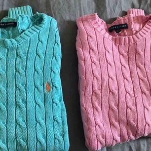 Två Ralph Lauren tröjor, använda en gång. Säljs pga aldrig används. Frakt tillkommer