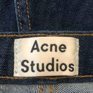 Snygga tighta acne jeans!