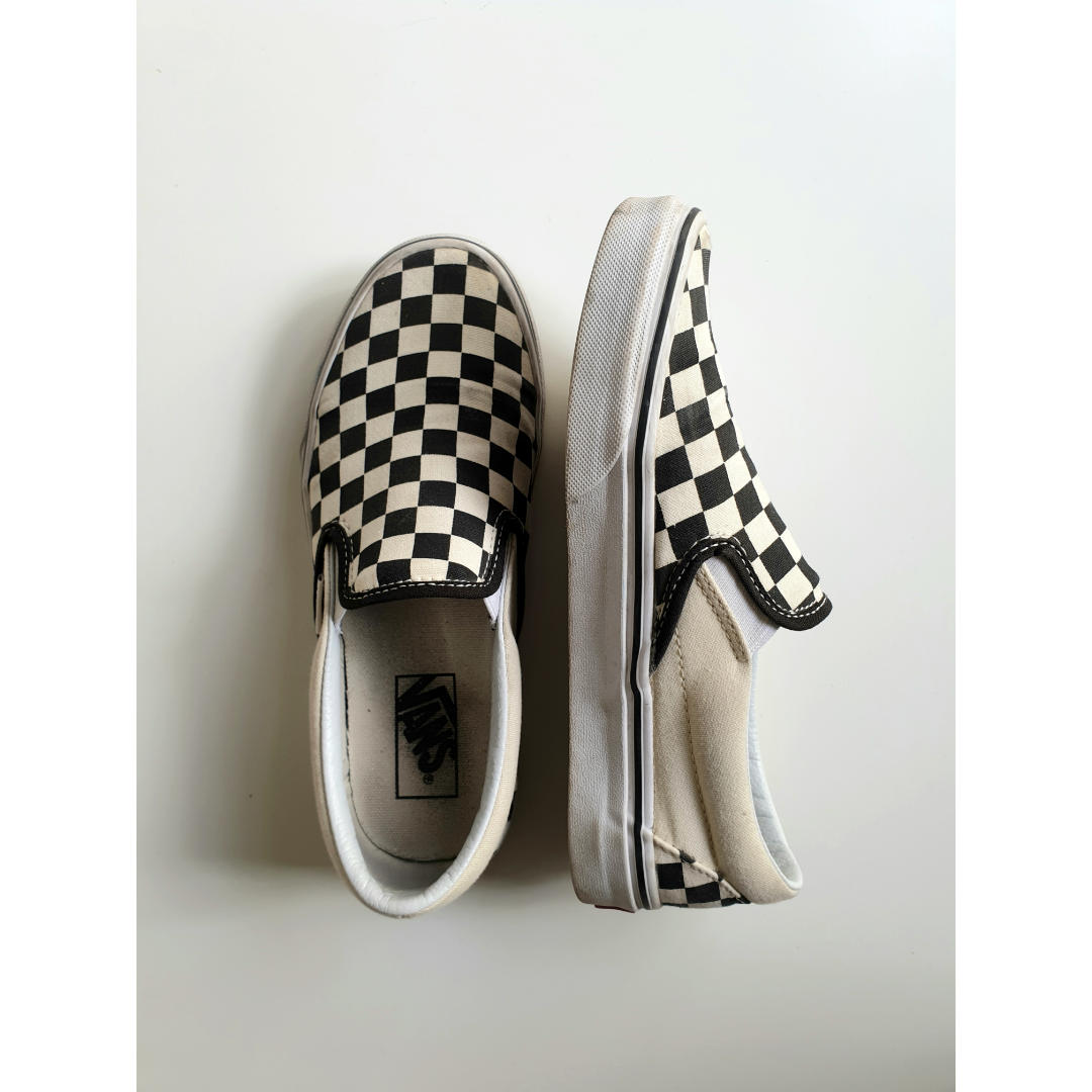 Classic    Vans slip on shoes, size 37,5. Skor.