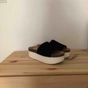 Supersnygga skor från zara!  300kr inkl frakt
