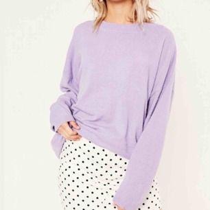• Superfin ljuslila tröja från Glassons •  Inköpt i Melbourne, endast använd vid ett fåtal tillfällen. Så fin till både kjol och byxor  100 kr + frakt