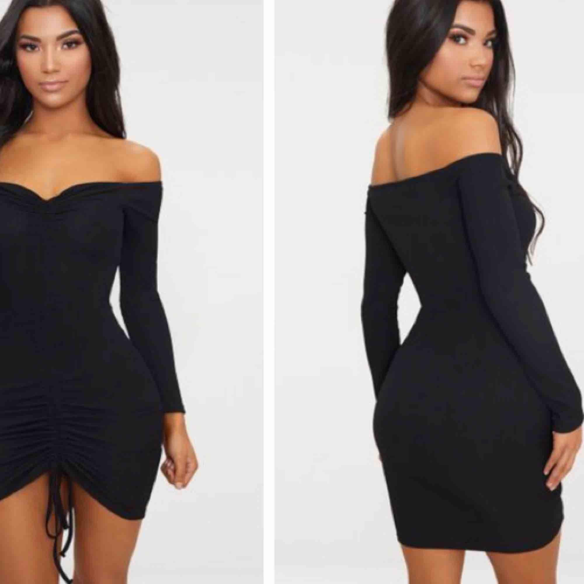 svart klänning, aldrig använd med prislapp kvar. Säljs pga fel storlek. Köptes som 36, men är mer som XS. . Klänningar.