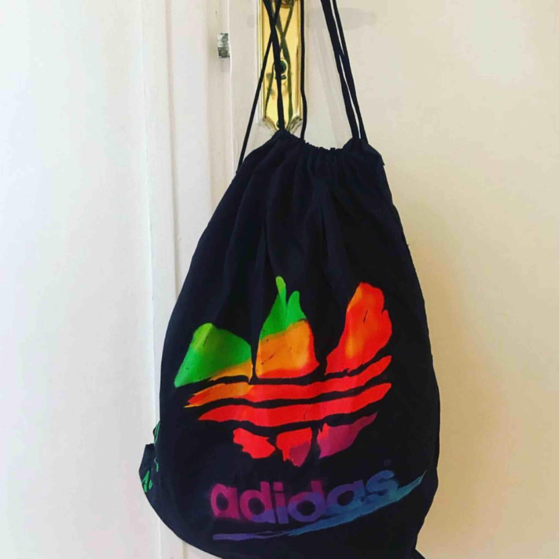 Vintage gympa påse från Adidas. 80-tal. Accessoarer.