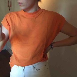Weekday tshirt!! Prime modell. Möts gärna i Malmö