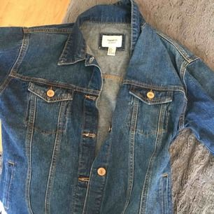 Boyfriend jeans jacka från Forever21, använd cirka  5 gngr.