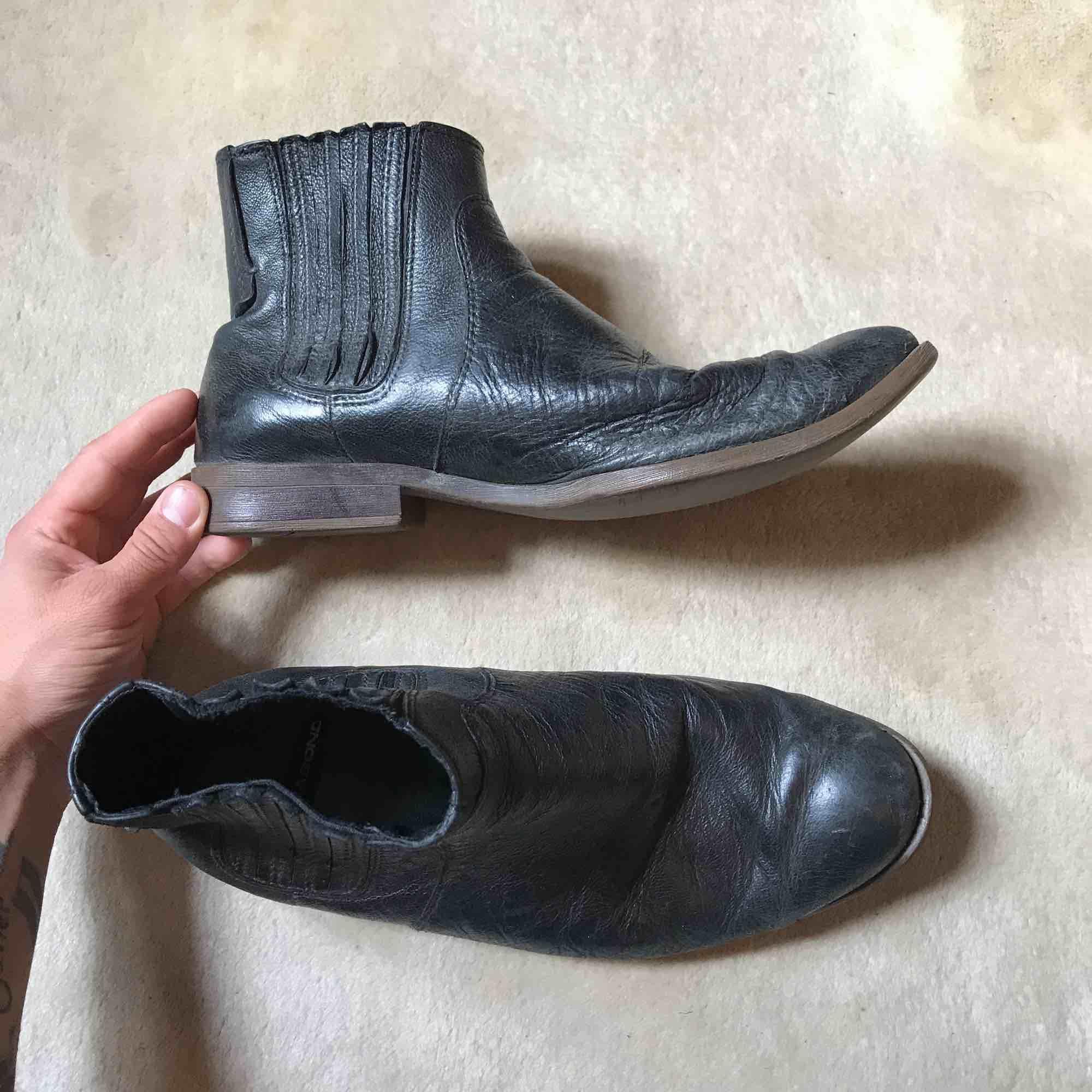Väl använda och trogna boots från Vagabond som nu behöver en ny ägare.. Skor.