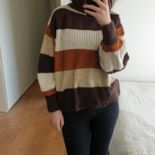 cozy knitted sweater from monki in size small. it is used only a few times. shipping is included in the price :)