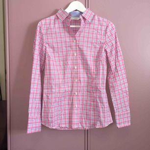 Finfin skjorta i superbra kvalité Nypris: 499 kr