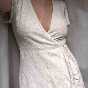 Superfin klänning perfekt till skolavslutningen!