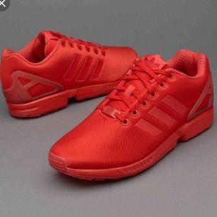 Röda Adidas Z x flux, sparsamt använda i stl 37:)  Köparen står för frakten
