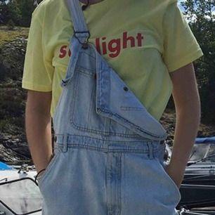 Tshirt från Weekday! Strl M. Pris 100kr.
