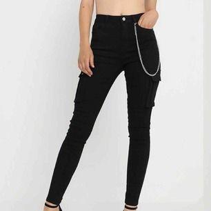 Riktigt snygga jeans från missguided, frakt ingår i priset ✨