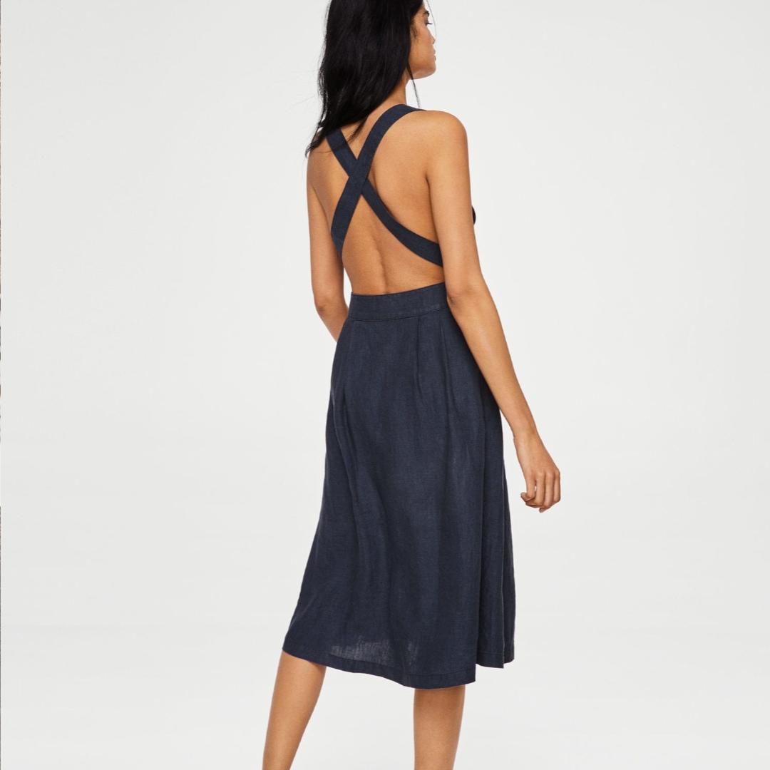 100% backless Linnen dress. Klänningar.