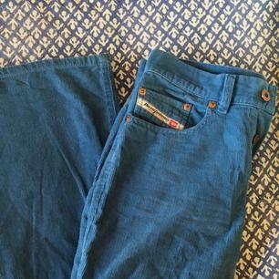 retro diesel byxor:-) blå manchester å lätt utsvängda