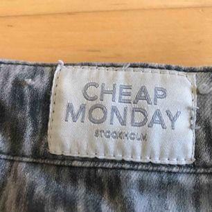 FRI FRAKT! Ett par coola jeans från cheap monday! Sparsamt använda🥰😍