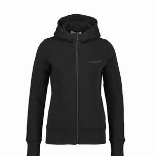 Sail racing hoodie strl L köpt för 1199kr på NK