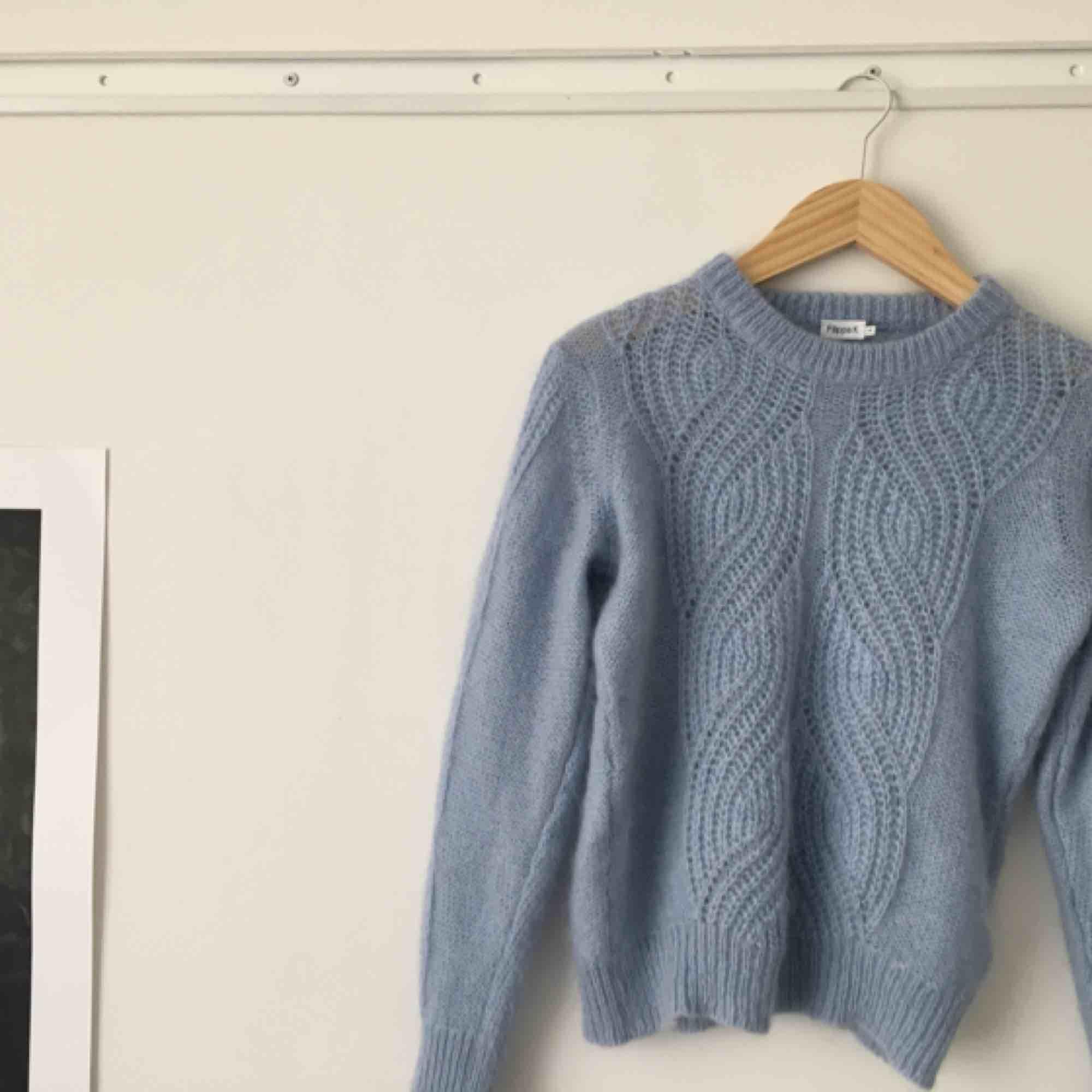 Filippa K tröja, oanvänd, fint skick. Nypris 1700 kr. Stickat.