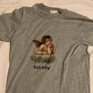 Gullig t shirt! Aldrig använd :)