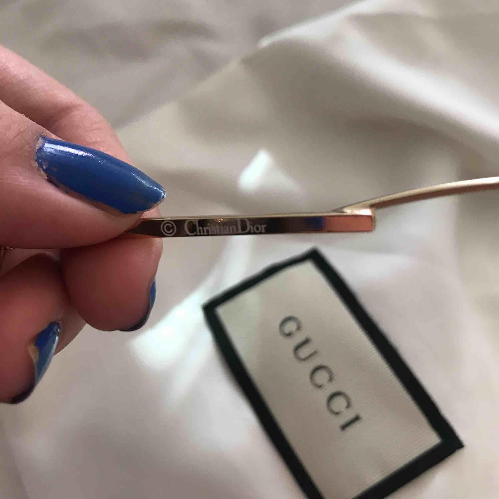 Dior glasögon, är öppen för bud👽. Accessoarer.