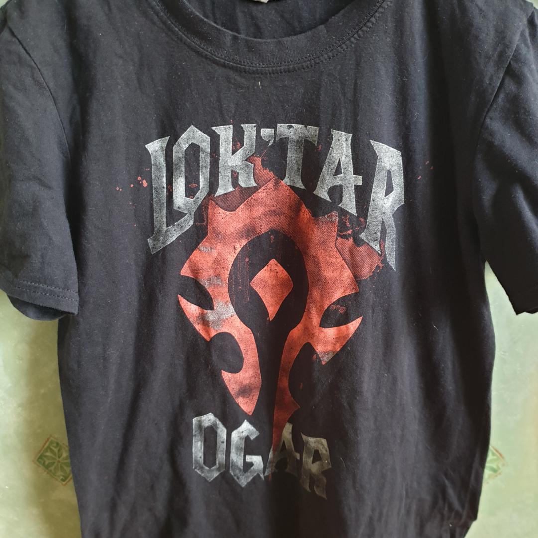 World of warcraft tröja från en Lootcrate. Använd en gång, Priset går att diskutera och frakt är inte inkluderad.. T-shirts.