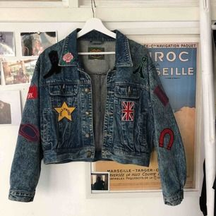 Svincool jeansjacka köpt på en secondhand affär i Brooklyn, New York!🤩