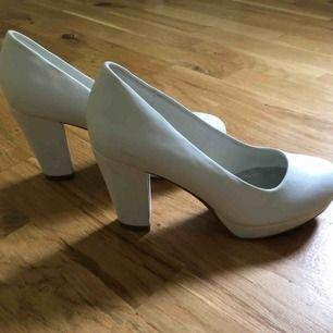 Klackskor din sko storlek 37