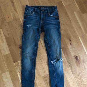 Jeans storlek 34. Från zara.