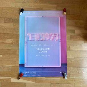 Affisch av The 1975. Toppskick. Möts gärna upp i Stockholm, annars står köparen för frakt.