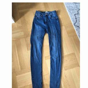 Blåa jeans från Lager 157 i storlek S. Aldrig använda så i fint skick.