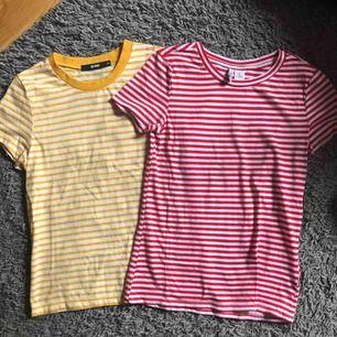 Två randiga t-shirts från BikBok och H&M. 50kr för båda! Frakten står köparen för:)