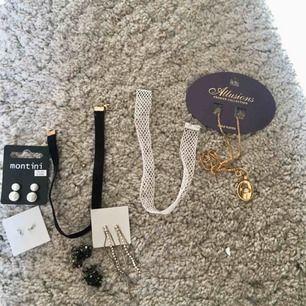 Priset är olika för varje smycke! Hör av er om ni är intresserade pris diskuteras :)