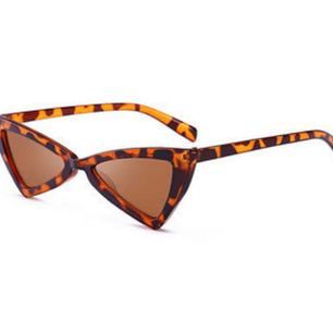 Supersnygga solglasögon! Helt nya. Kan postas mot frakt :?
