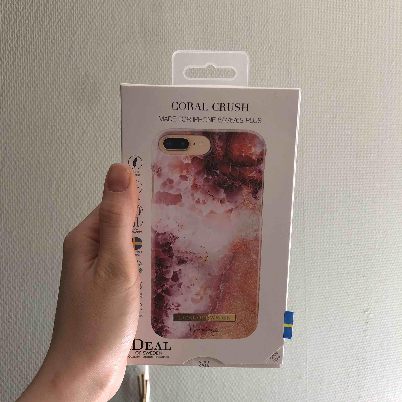 Helt nytt oanvänt iphone skal från Ideal of sweden! FRAKT TILLKOMMER. Övrigt.