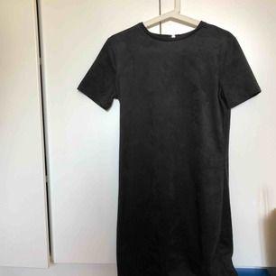 Mocka Tshirt klänning, helt ny & aldrig använd
