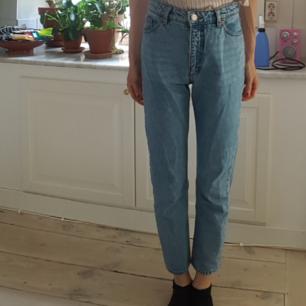 Jeans från Monki  Storlek 28
