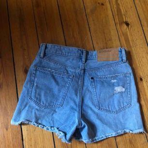 Fina jeansshorts sälja pga för små :(