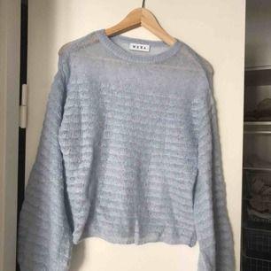 Glesstickad tröja från Wera som aldrig använts då det var fel storlek när jag fick hem den.