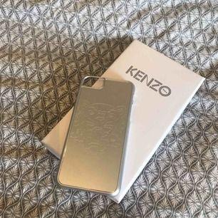 iPhone skal från Kenzo som är sparsamt använt!