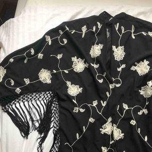 Superfin kimono från bikbok