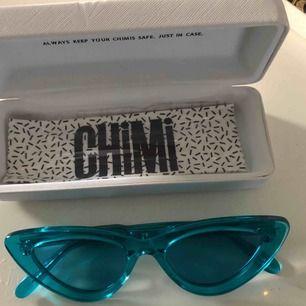 Mina asballa blåa brillor från chimieyewear #006 aqua (solglasögonen längst ner) Köpta för 899kr och säljer för 550kr