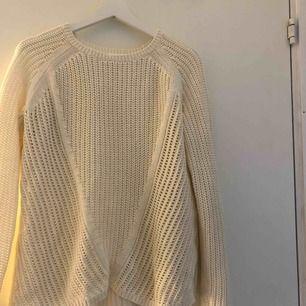 En basic stickad tröja, frakt ingår🤟🏼⚡️