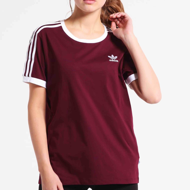 Fräsch adidas T-shirt ✨. T-shirts.