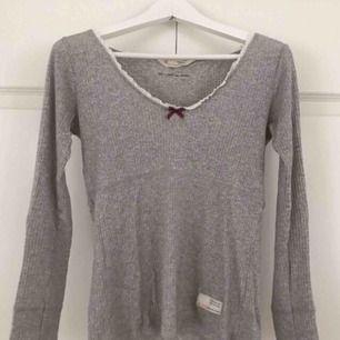 Fin Odd Molly tröja i storlek S, använd ett fåtal gånger. Nypris 599:-